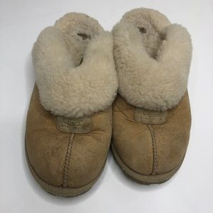 Women's Ugg coquette slippers.